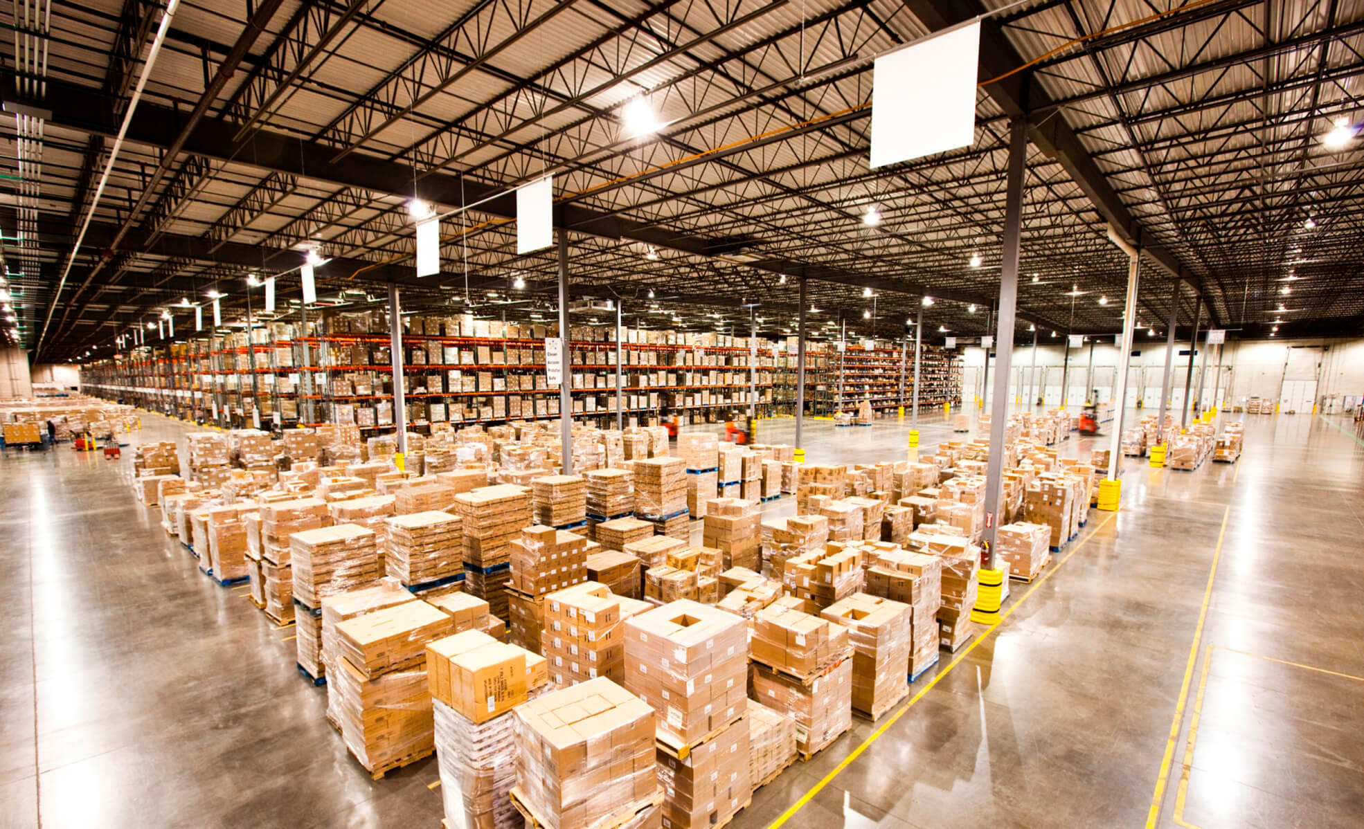 important of warehousing Warehousing efficiency and effectiveness in the supply chain process in the dc are important considerations in determining warehouse management systems.